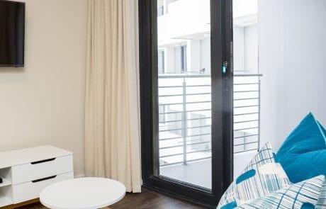 OBS_Jan2019_0039-460x295 Studio apartment