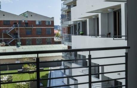 OBS_Jan2019_0040-460x295 Studio apartment